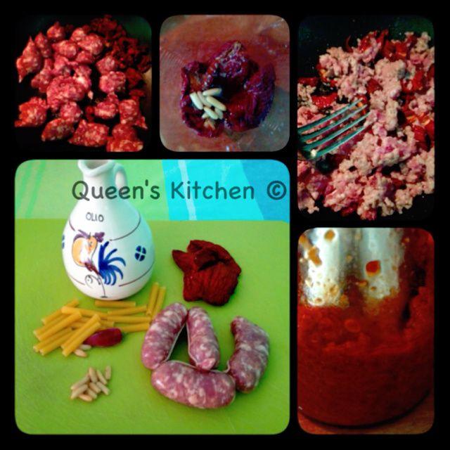 maccheroncini con pesto di pomodori secchi e salsiccia di Norcia