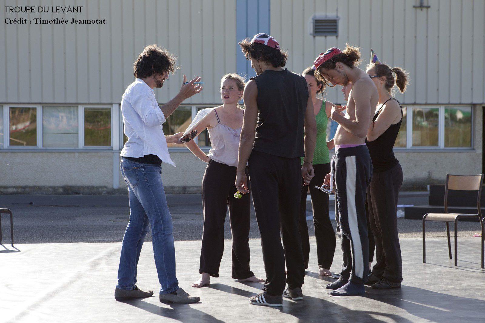 Photos de répétions de la Sixième pièce de la Troupe du Levant - Crédit : Thimothée Jeannotat
