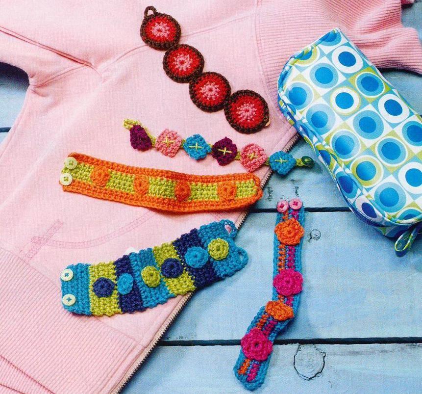Bijoux au crochet le monde creatif - Bijoux au crochet modele gratuit ...