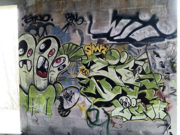 Je continue la balade dans cette maison des artistes de street art à Floirac