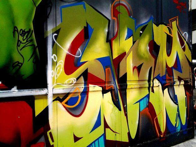 acteur majeur du graffiti, Zarb et son collectif donnent rendez vous le 2 septembre à Bordeaux où il terminera sa quatrième fresque