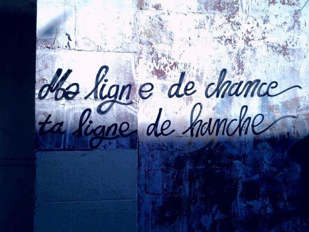 """Une des citation de Banksy,  graffiti artiste, :""""  Si tu es riche, point généreux c est comme si tu n avais rien."""""""