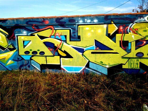 Une grande fresque en cours de réalisation,  proche Merignac Soleil, ce vendredi 6 novembre