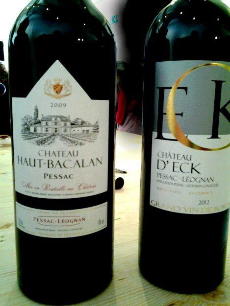 l office du tourisme de Pessac avait organisé cette visite dégustation de vins à l occasion de la fête du vin, en présence du propriétaire qui nous a initié à l art du vin.