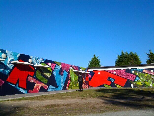 Notre balade sur le campus nous a permis de découvrir des oeuvres magnifiques, réalisées par le collectif Transfert, Zest et Monkeybird,  nous avons également assisté à la remise des prix del exposition street art