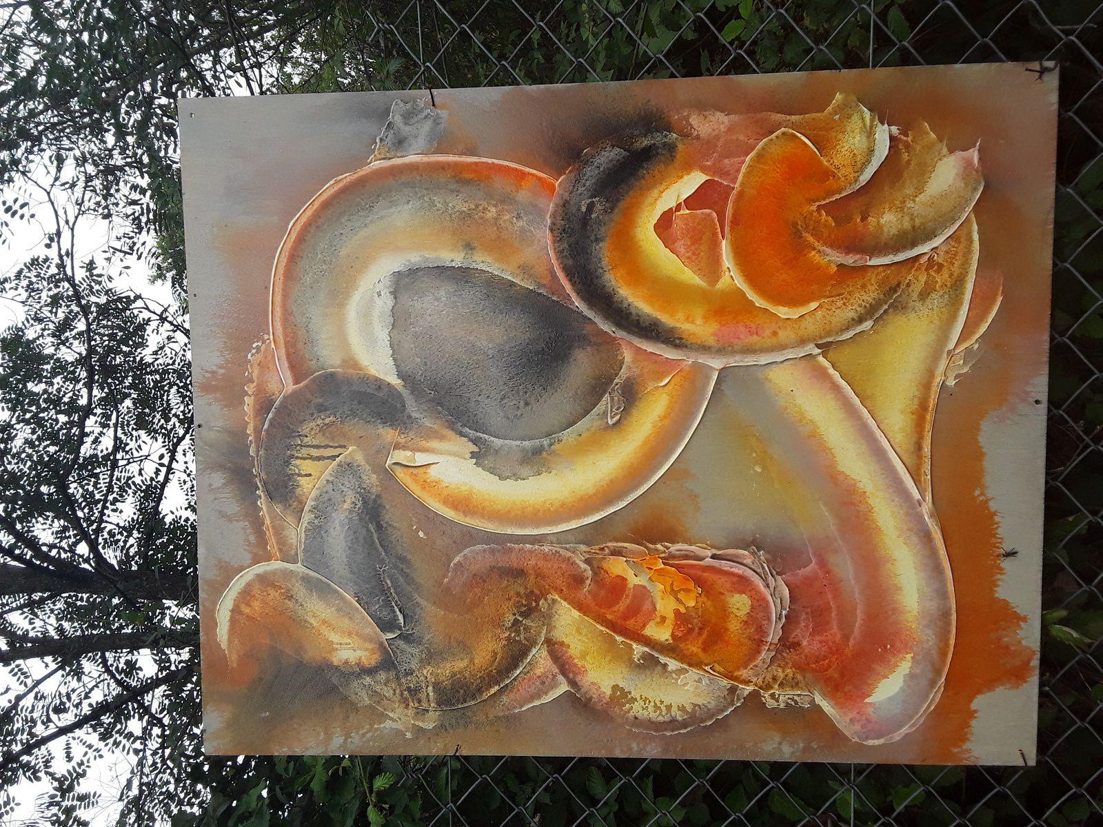 Une belle découverte dans les jardins du Bourgailh, avec ces peintures entre les plantes potageres, l art au jardin ,j adore