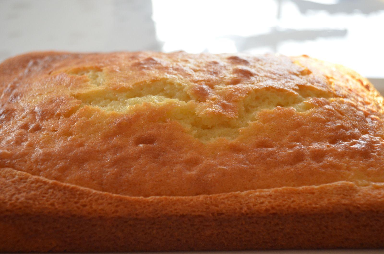 Le classique gâteau au yaourt