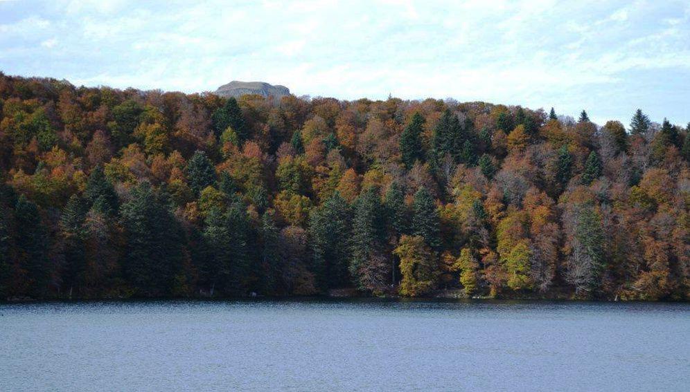 Bel automne au lac Pavin