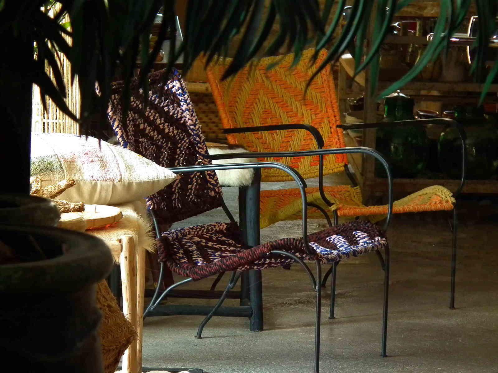 fauteuil métal et sari de coton