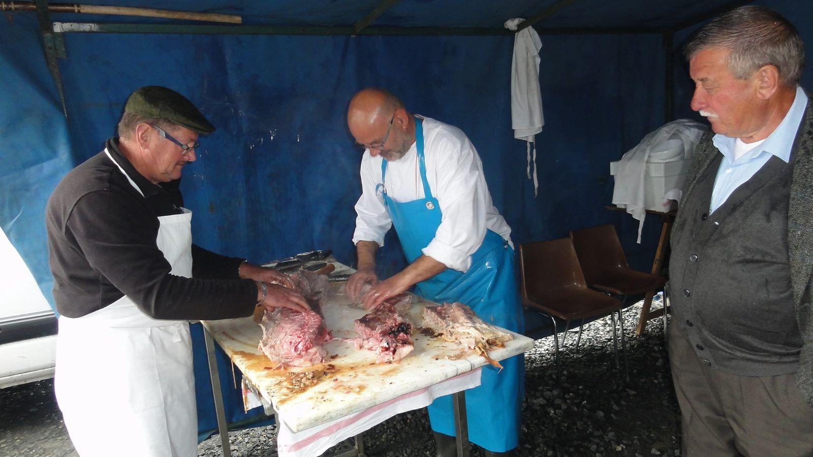 Cochons grillés des G M du canton de Mayet ( Sarthe )