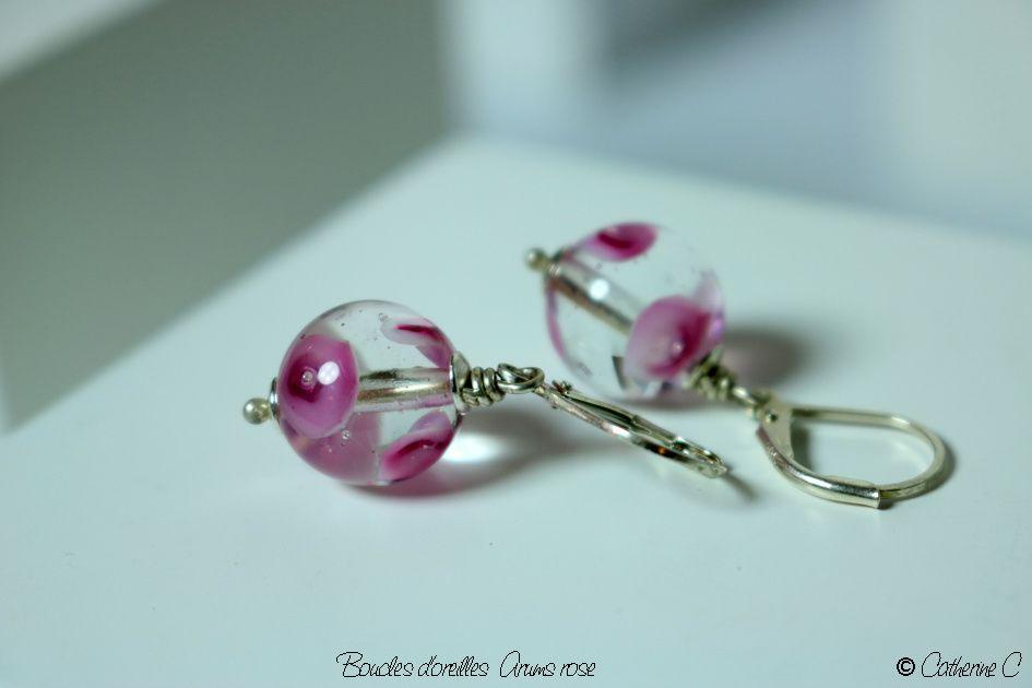 Boucles d'oreilles Arums rose rondes
