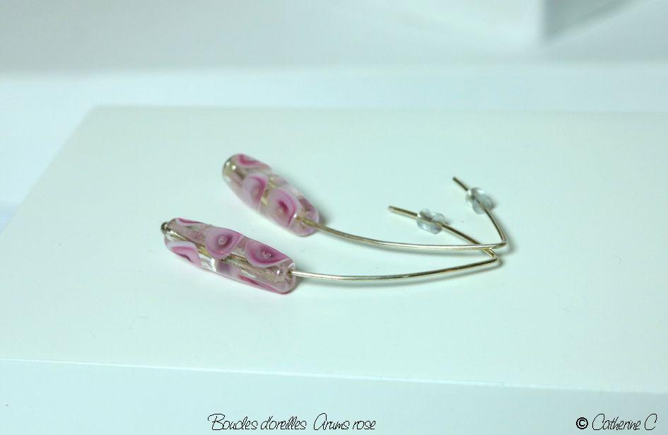 Boucles d'oreilles Arums rose cylindriques