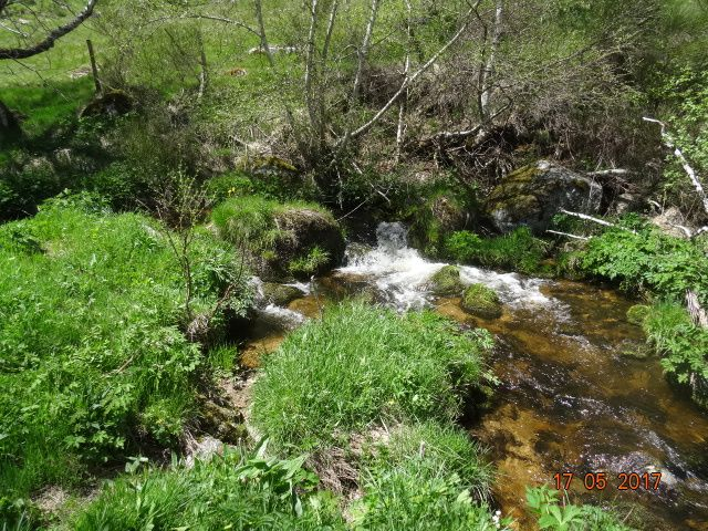 le moulin , les aqueducs d'acheminement de l'eau
