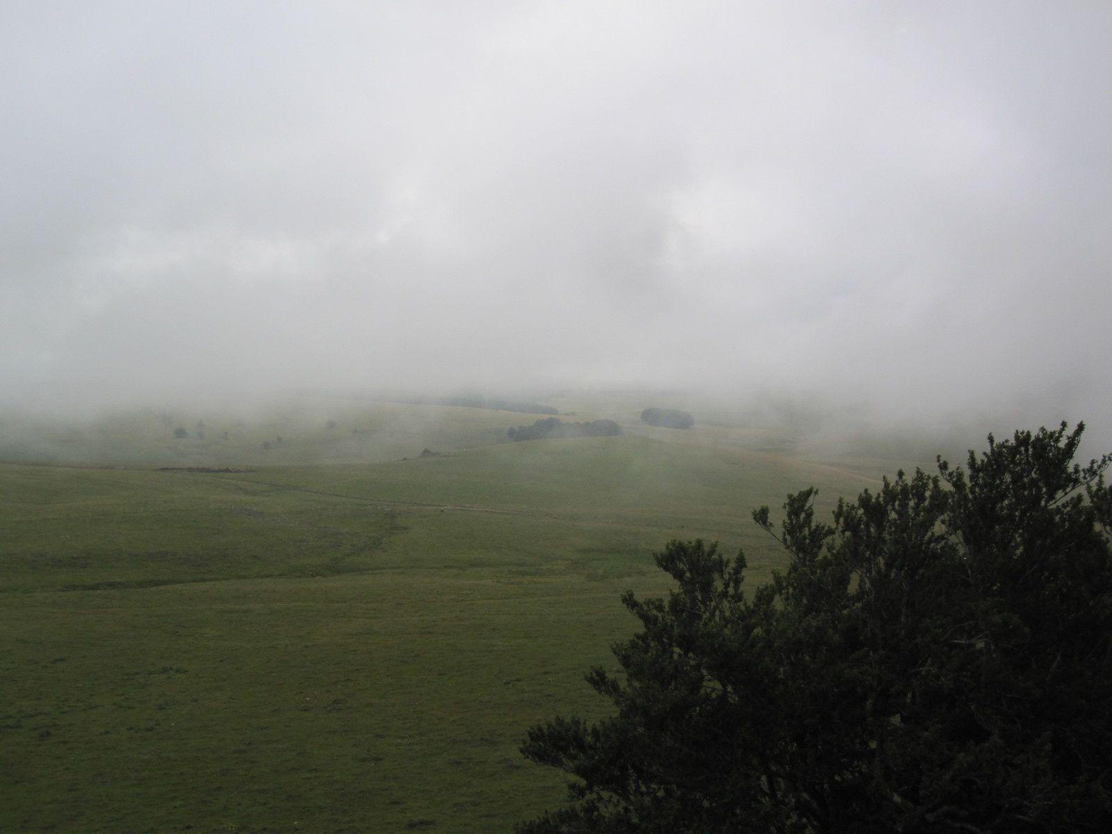 nous profitons du magnifique paysage lorsque la brume se déplace