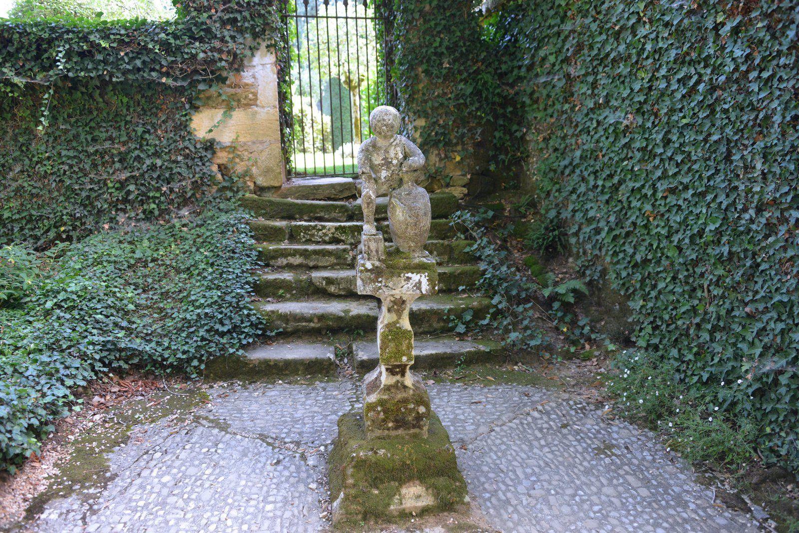 Le 29 juillet : Les jardins du Manoir d'Eyrignac entre Sarlat et Lascaut.