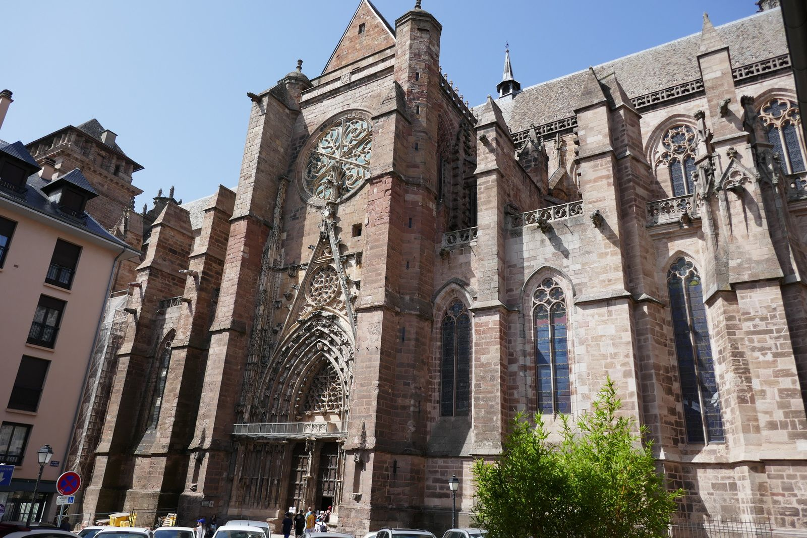 Le 2 aout :  Visite de la ville de Rodez et de la cathédrale.