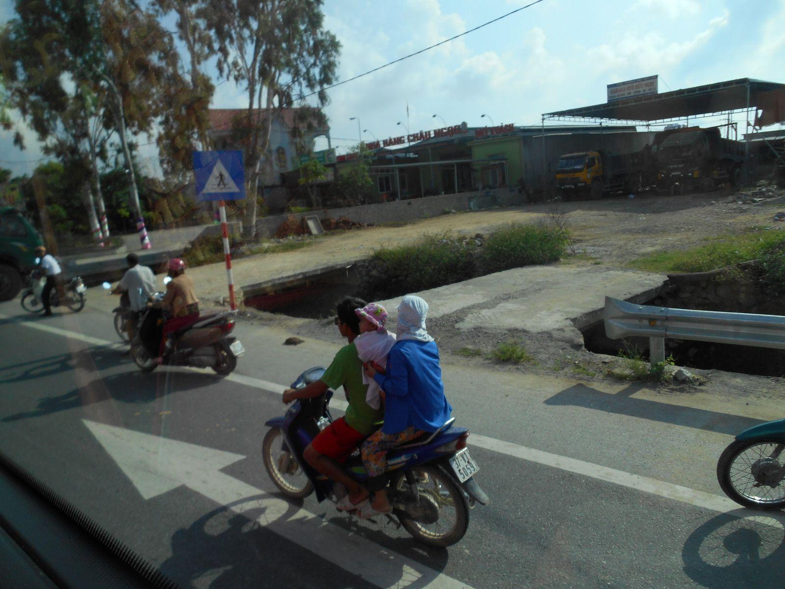 Viet Nam: 8ème jour - Ninh Binh - La Baie d'Halong terrestre.