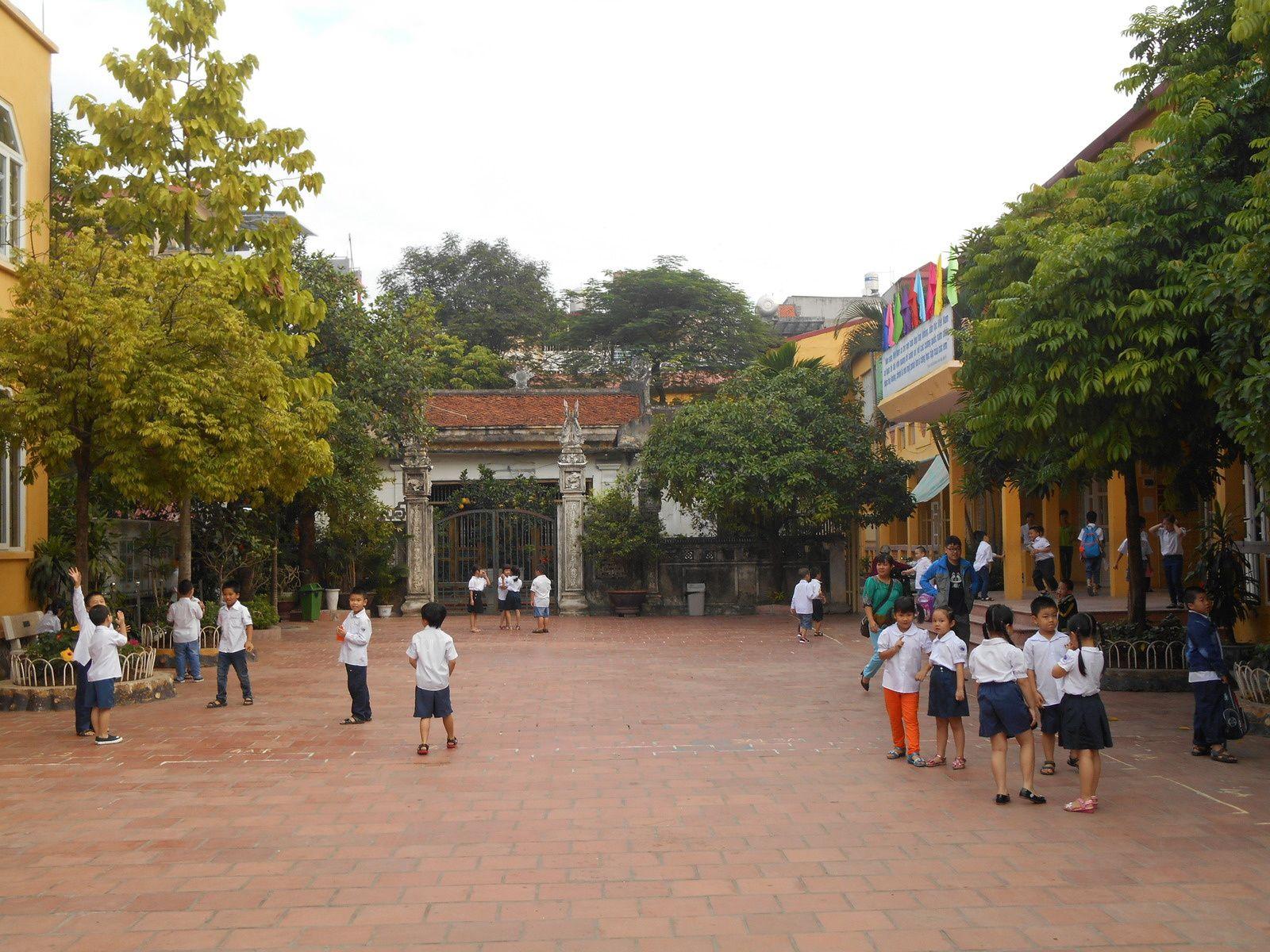Ecole primaire de quartier...