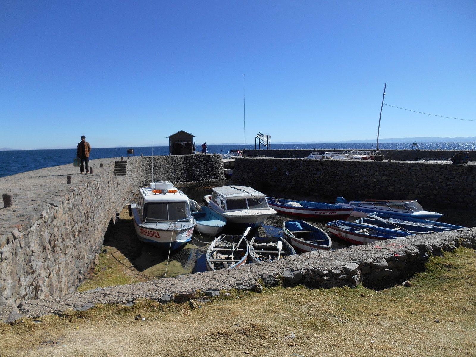 Le petit port où est basé l'ambulance...