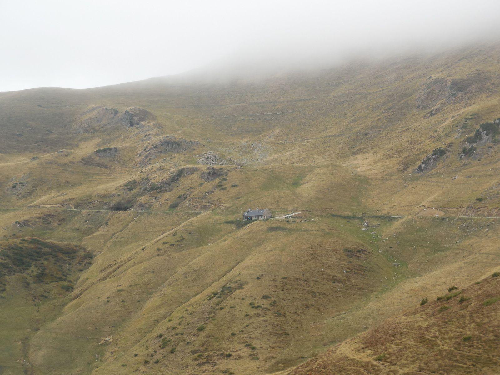 En suivant,  nous continuons vers le refuge du Mont Né (1840 m).