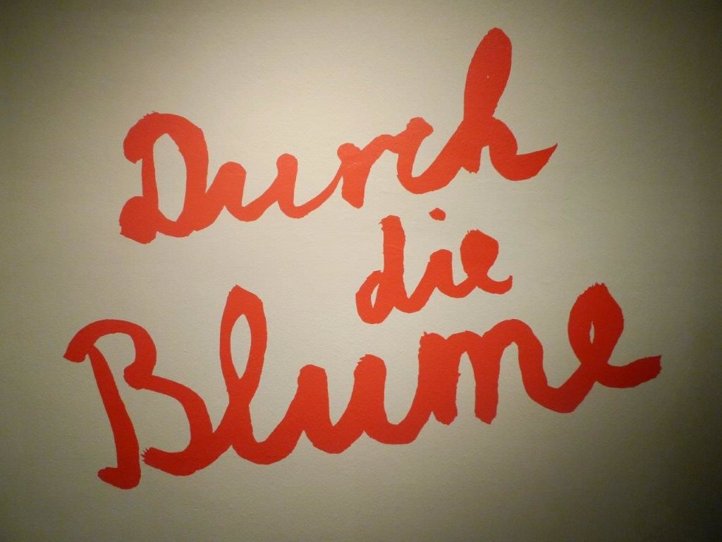 Durch die Blume (Say it with Flowers) - Vues d'exposition - jusqu'au 29 mars 2015  au Museum Bellerive - Zürich