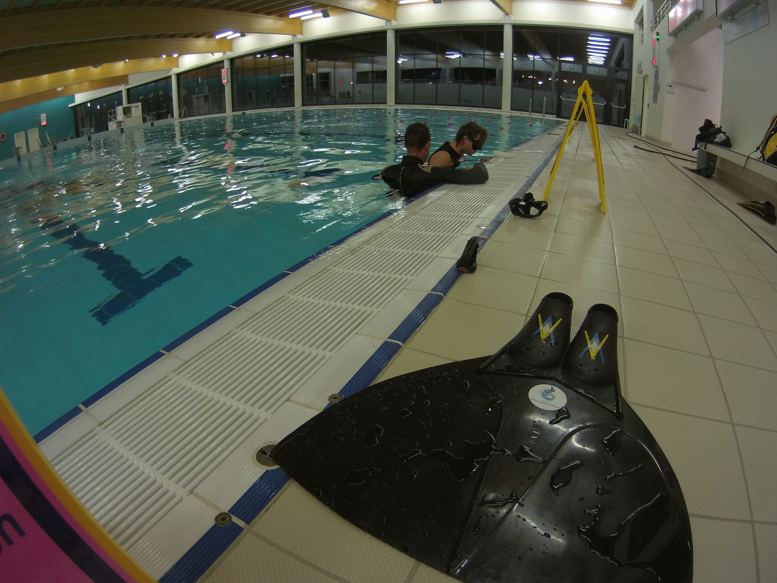 Another Universal Freediver in the swimming pool??