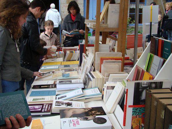 Reprise du marché du livre, ce dimanche 1er mars