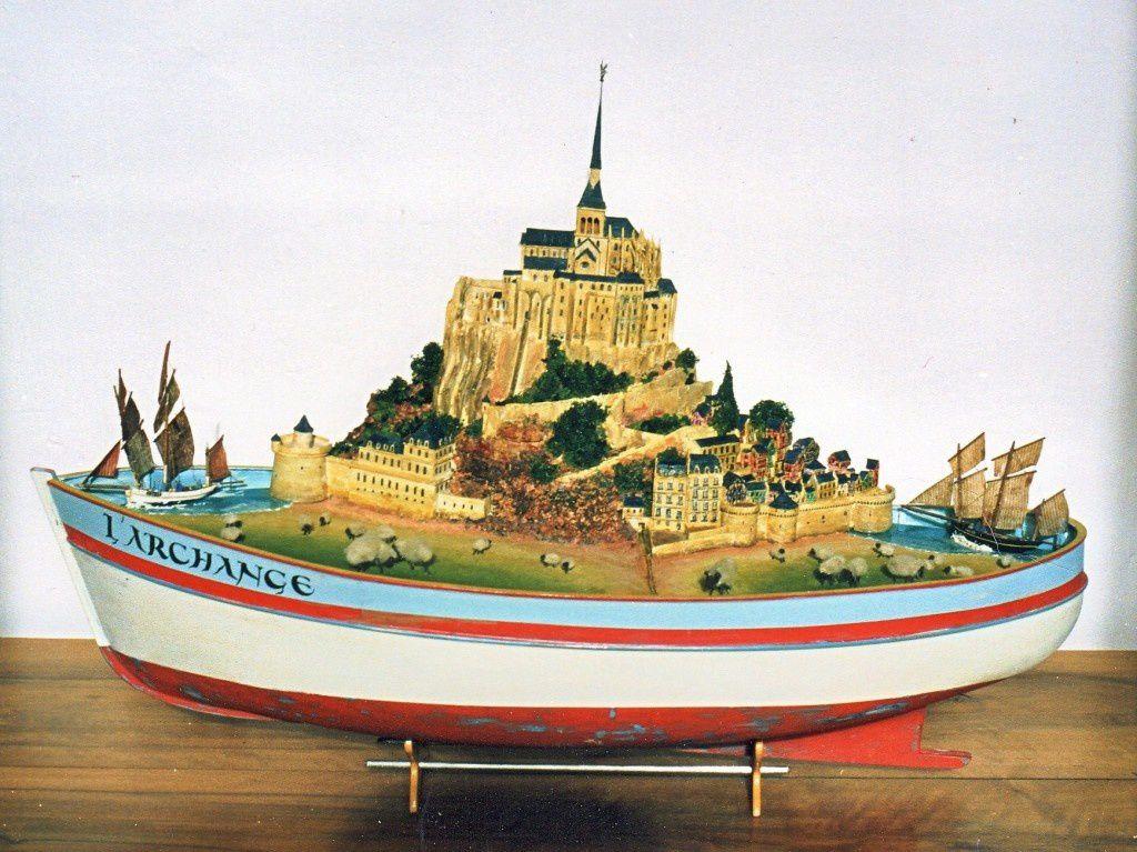 """""""L'Archange.""""  Bisquines de Cancale et Granville autour du Mont Saint Michel. En collaboration avec André Bellard."""