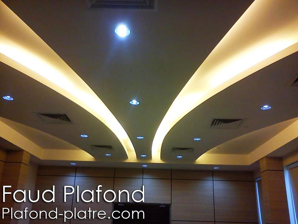 Design int rieur faux plafond lumineux faux plafond for Decoration de platre 2014