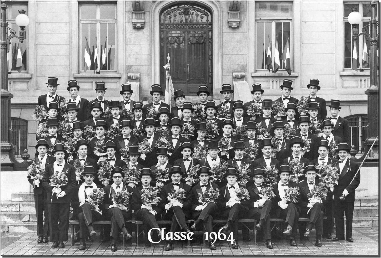0 - album les 20 ans des classes en &quot&#x3B;4&quot&#x3B;