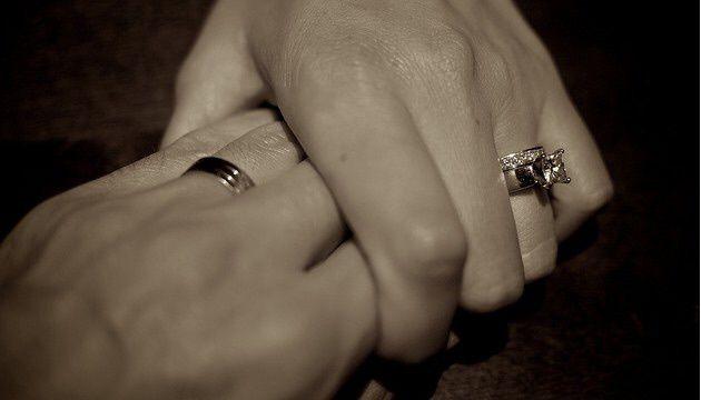 Euthanasie : la France a laissé mon mari agoniser.