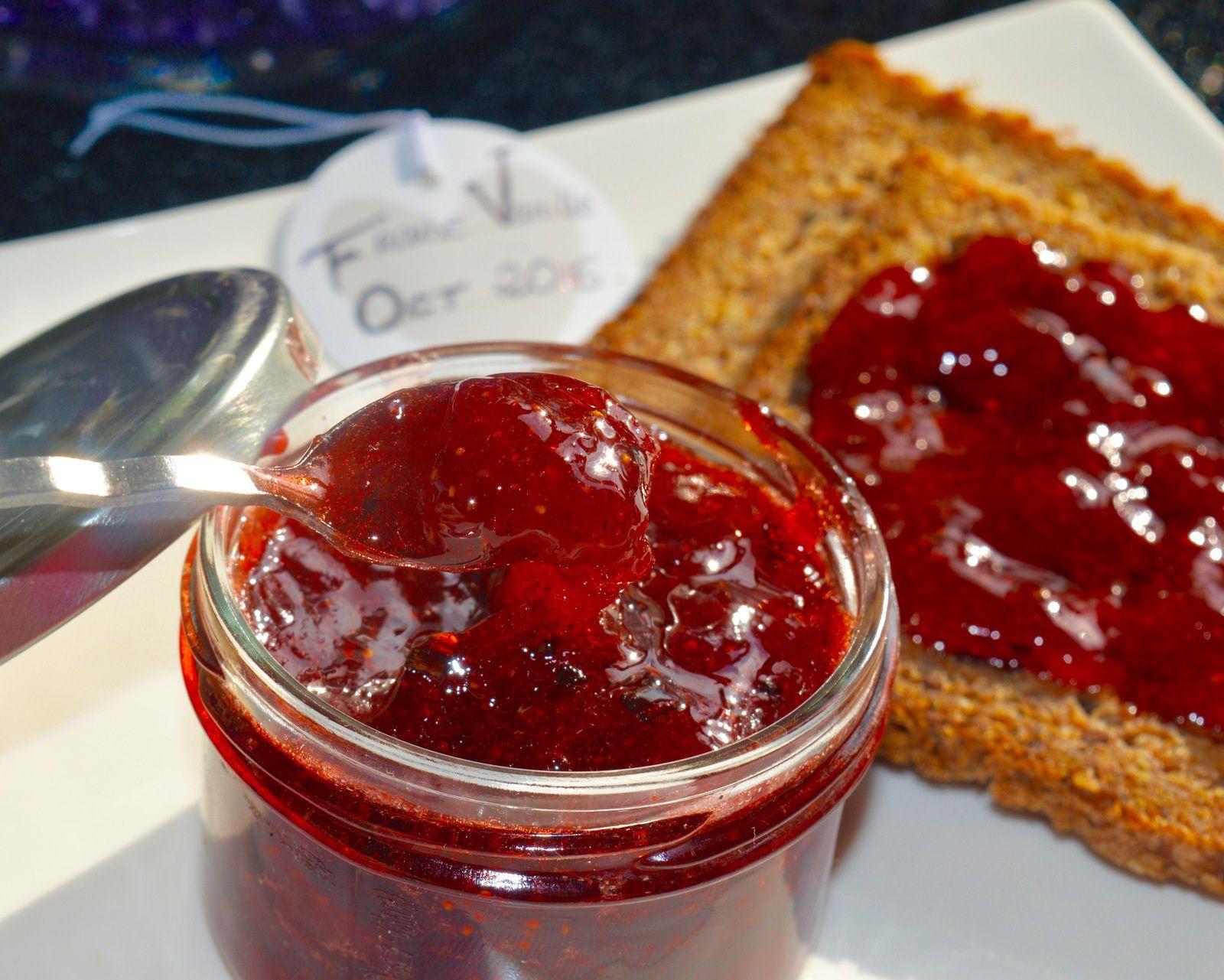 ✿ Confiture de fraises à la vanille de Bourbon ✿