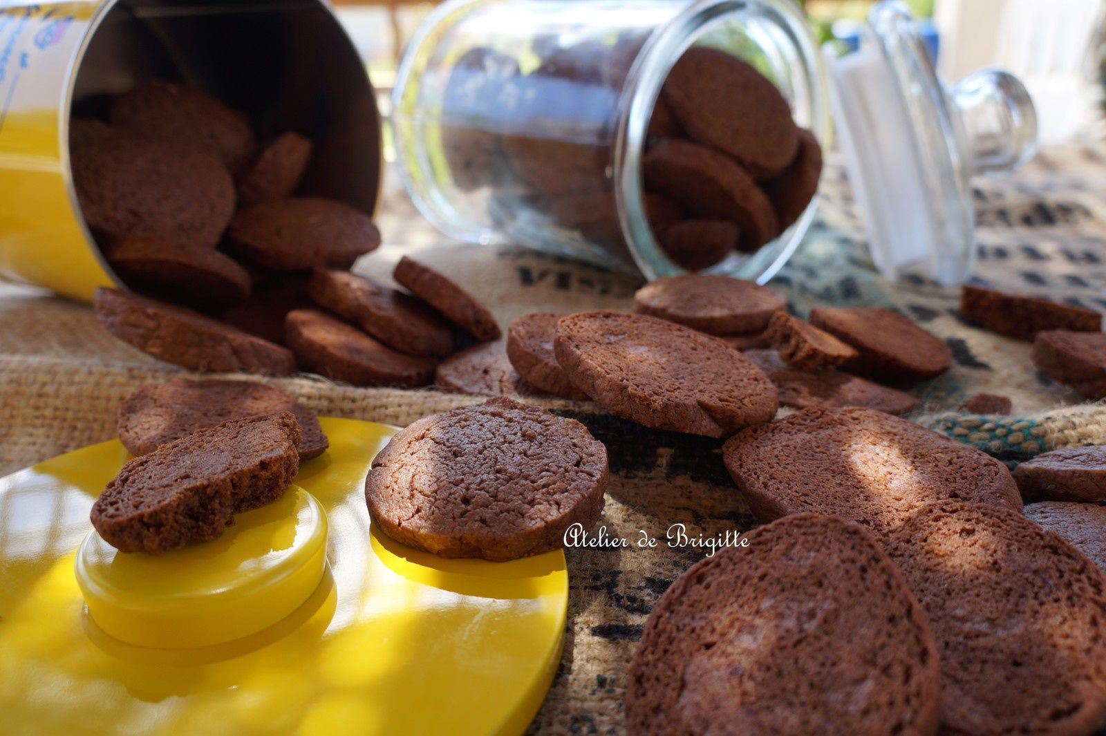 BISCUITS CHOCOLAT ET HUILE OLIVE