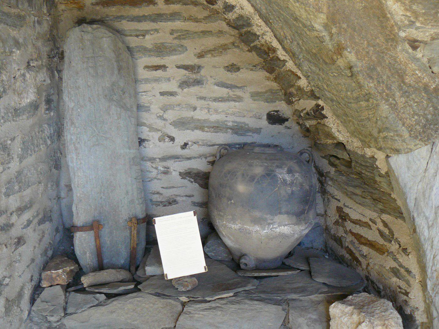 Visite du prieuré de Serrabone et de L'abbaye Saint-Martin du Canigou