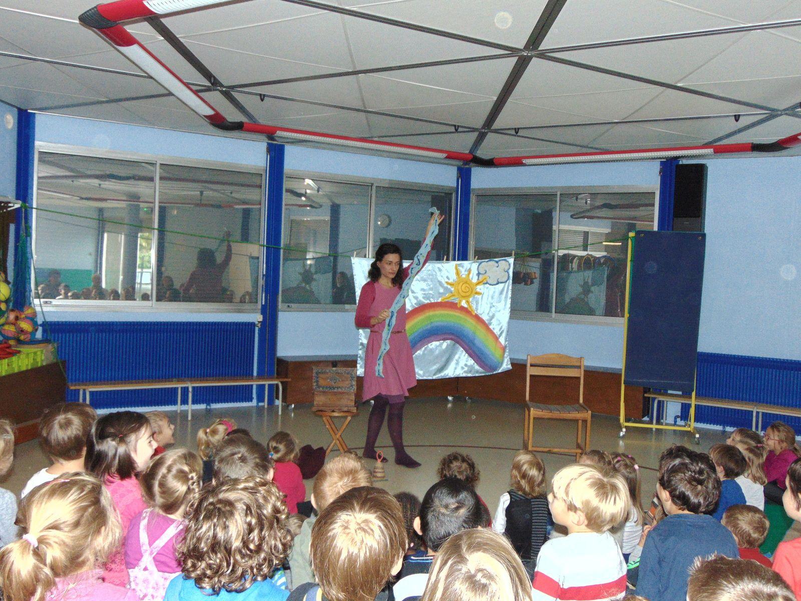 Spectacle scolaire : Hélène Lamoine chez les maternelles de Bergheim