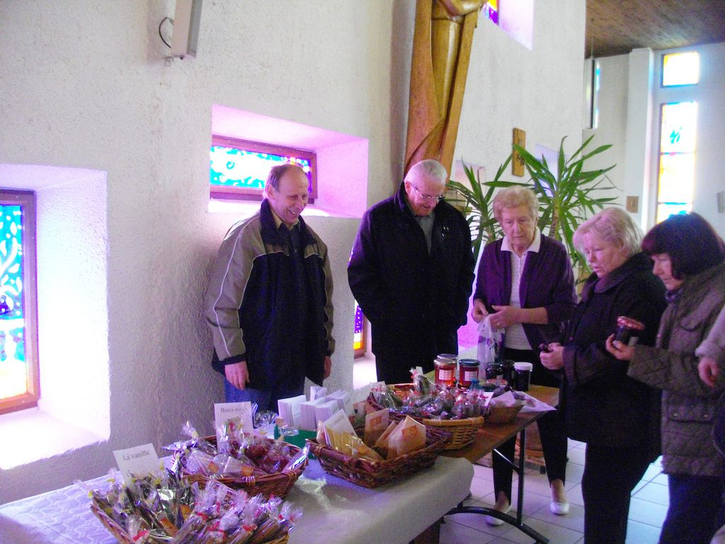 Vente d'épices au profit d'HSA à Petite-Rosselle
