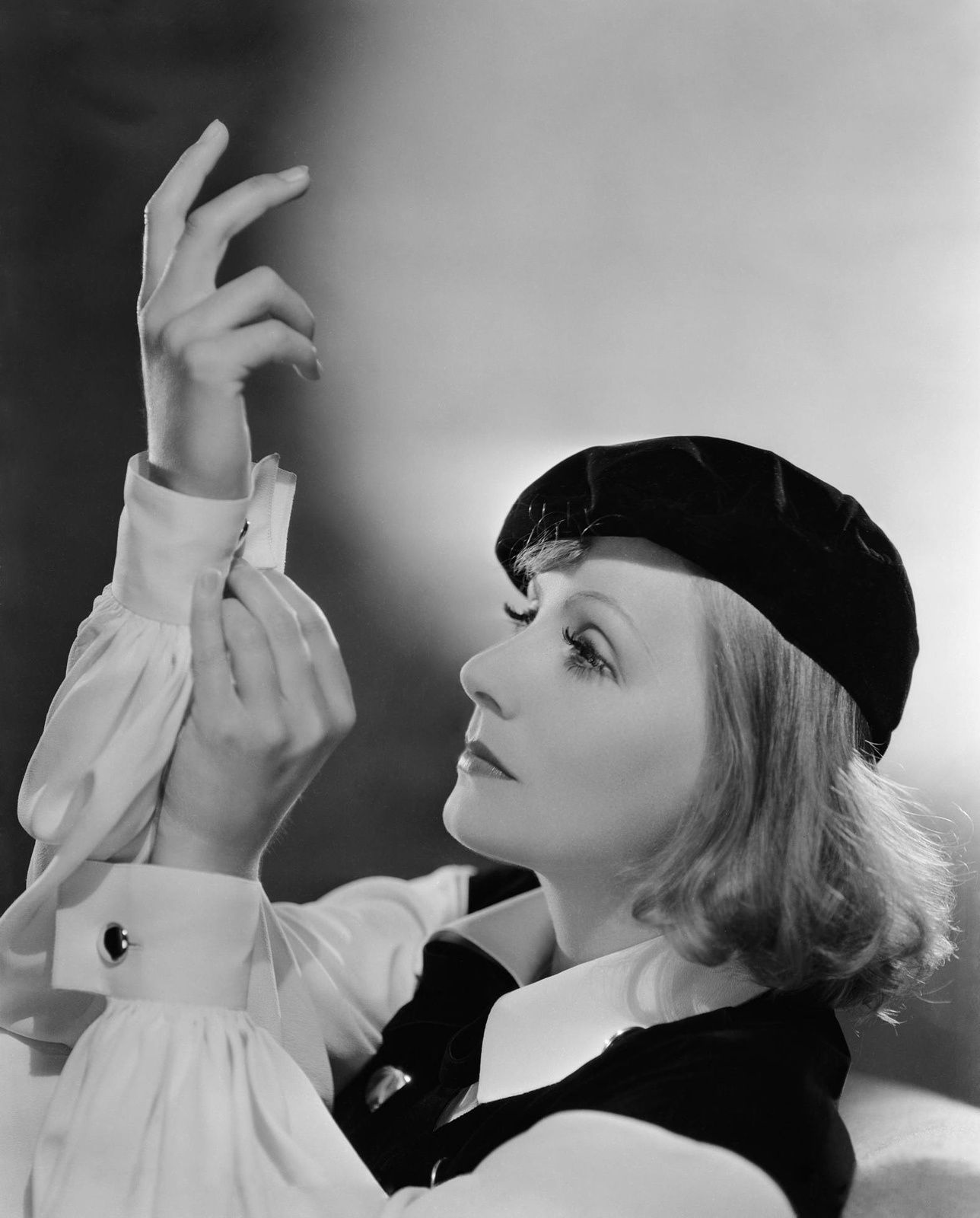 AS YOU DESIRE ME (Comme tu me veux, Georges Fitzmaurice 1932)