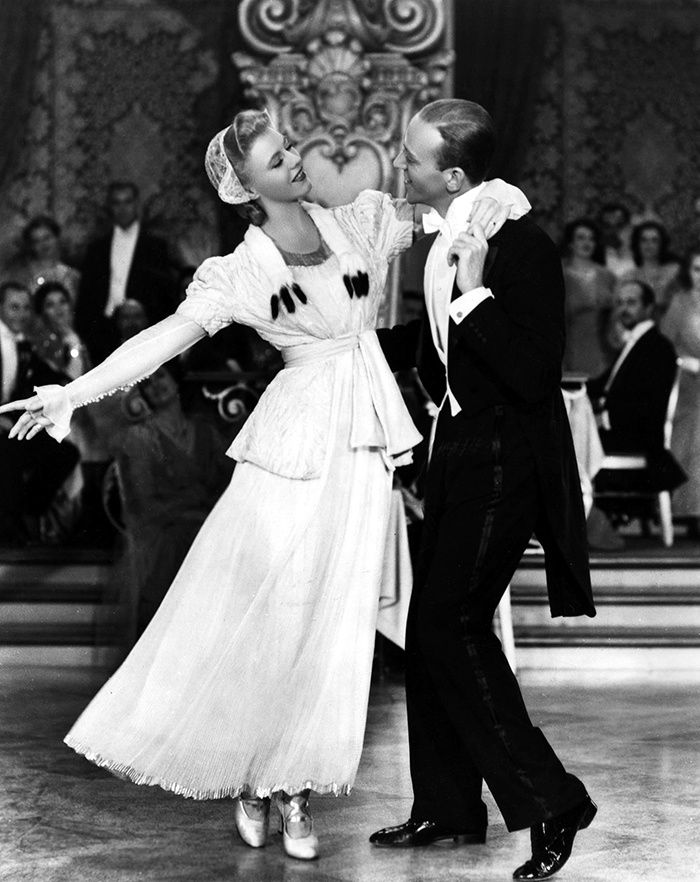Fred Astaire et Ginger Rogers dans La Grande Farandole (The Story of Vernon and Irene Castle) - H. C. Potter (1939)