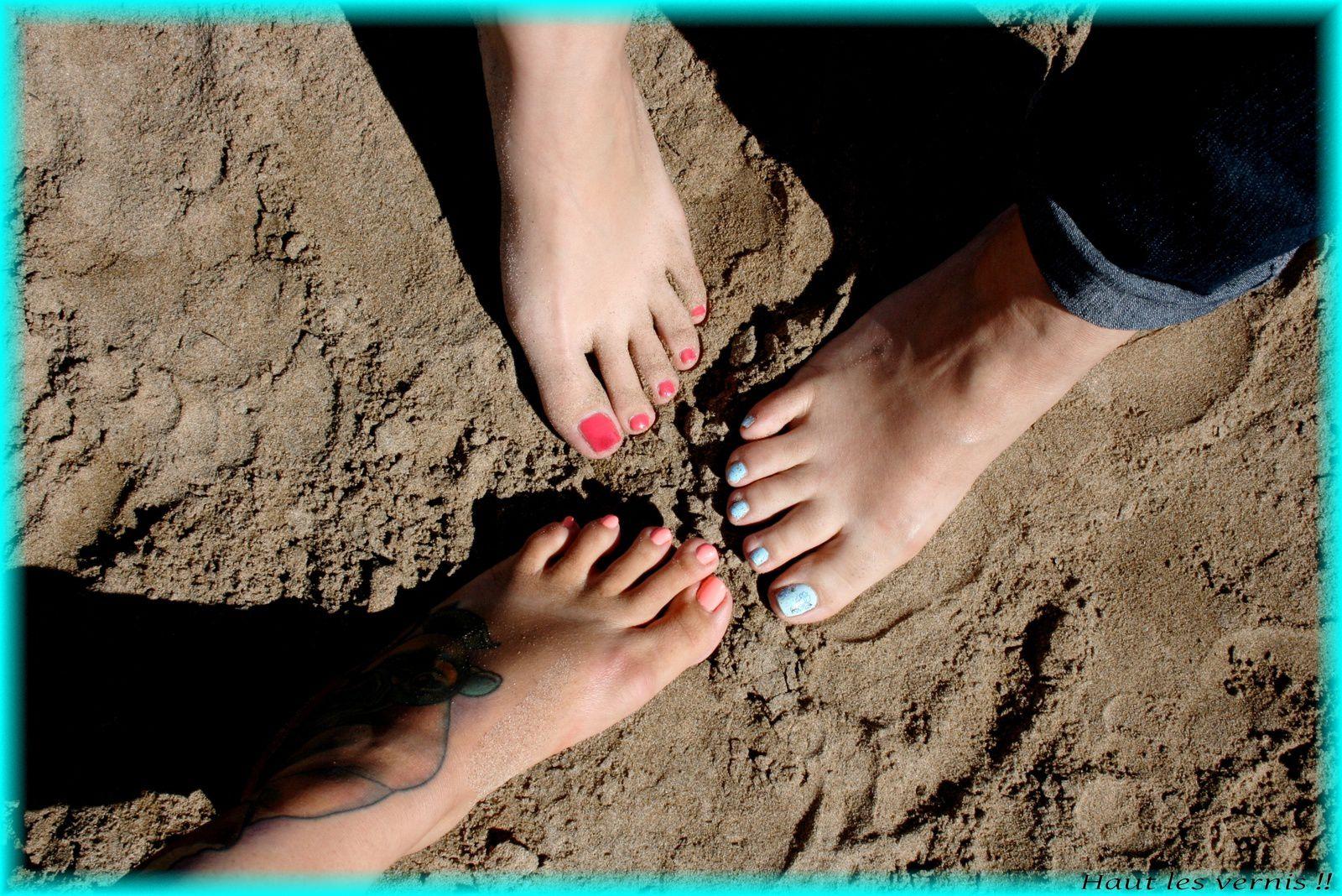 Les drôles de dames à la plage....