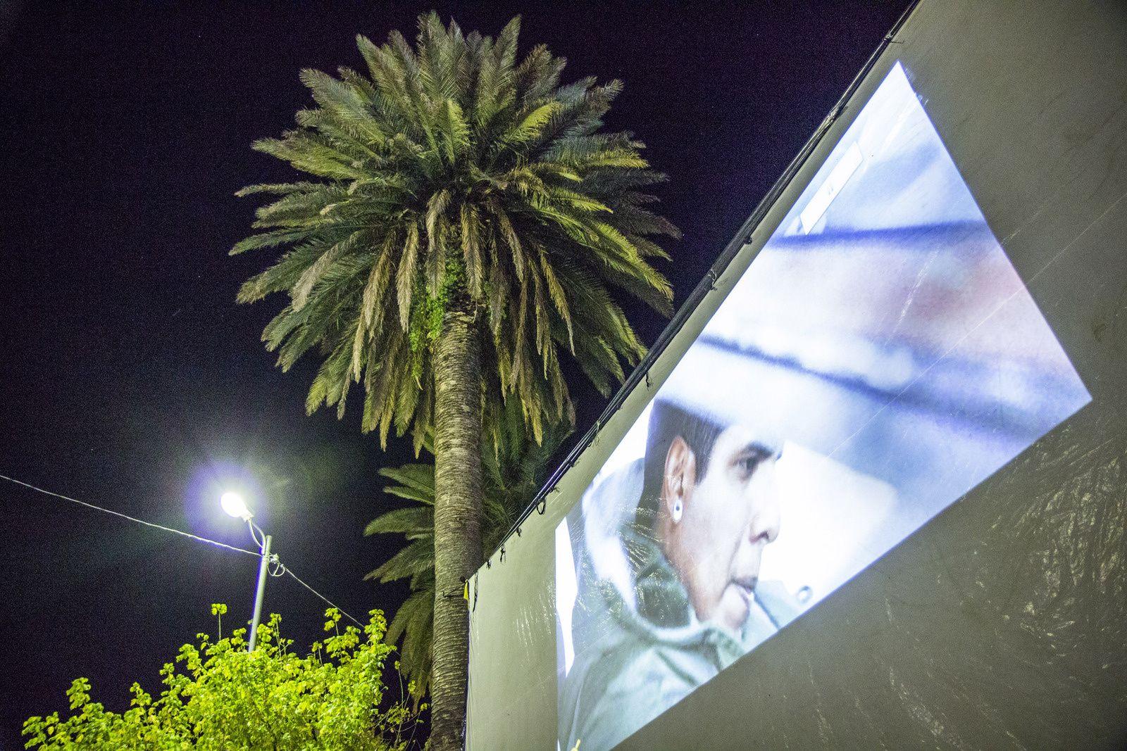 ALUCINE - Travelling cinema screen project - Bolivia