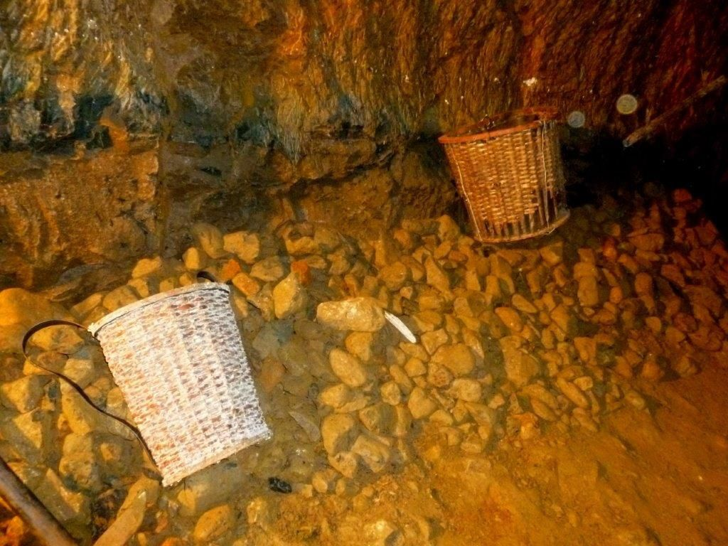 Extraction du minerai.