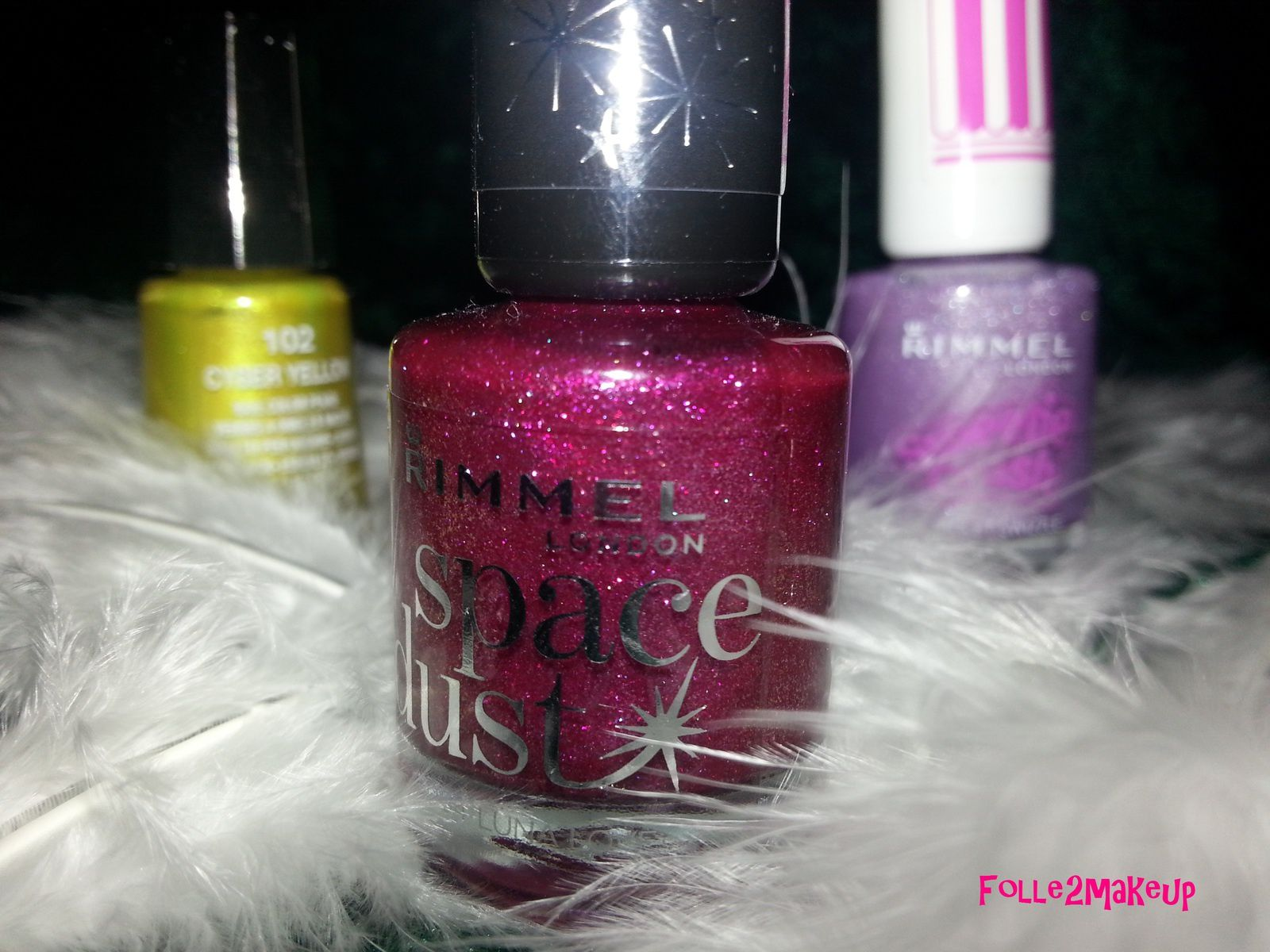 "Derniers achats de MARS: ""Luna Love"" - 004 collection Space Dust de RIMMEL London"