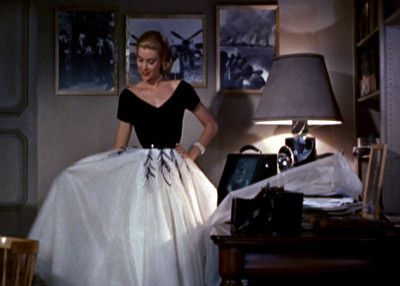 Les plus belles robes du cinema france vs amerique the for Grace kelly fenetre sur cour