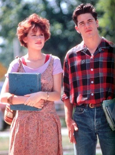 "Molly Ringwald dans ""Seize Bougies pour Sam""./ Molly Ringwald in 'Sixteen Candles'."