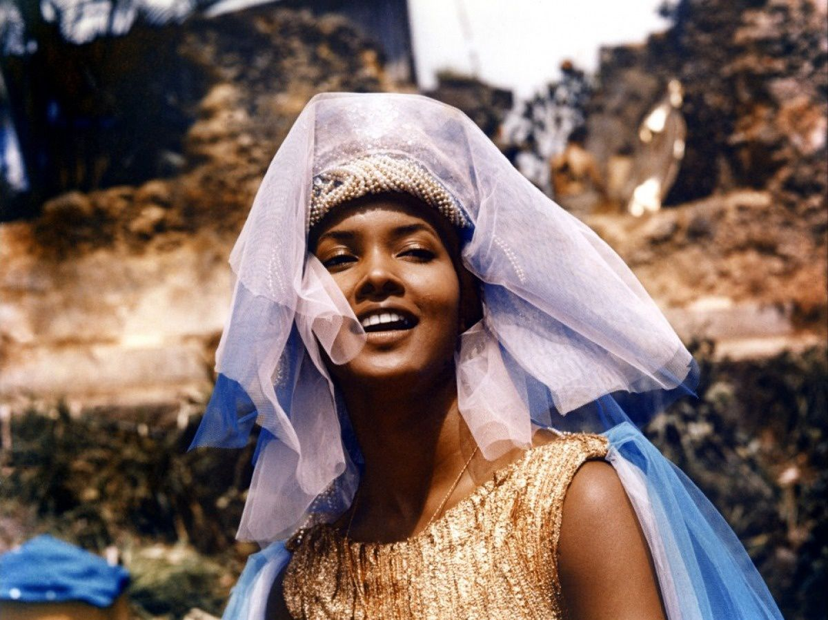 "Marpessa Dawn in ""Black Orpheus"", Marcel Camus (1959) - © Criterion"