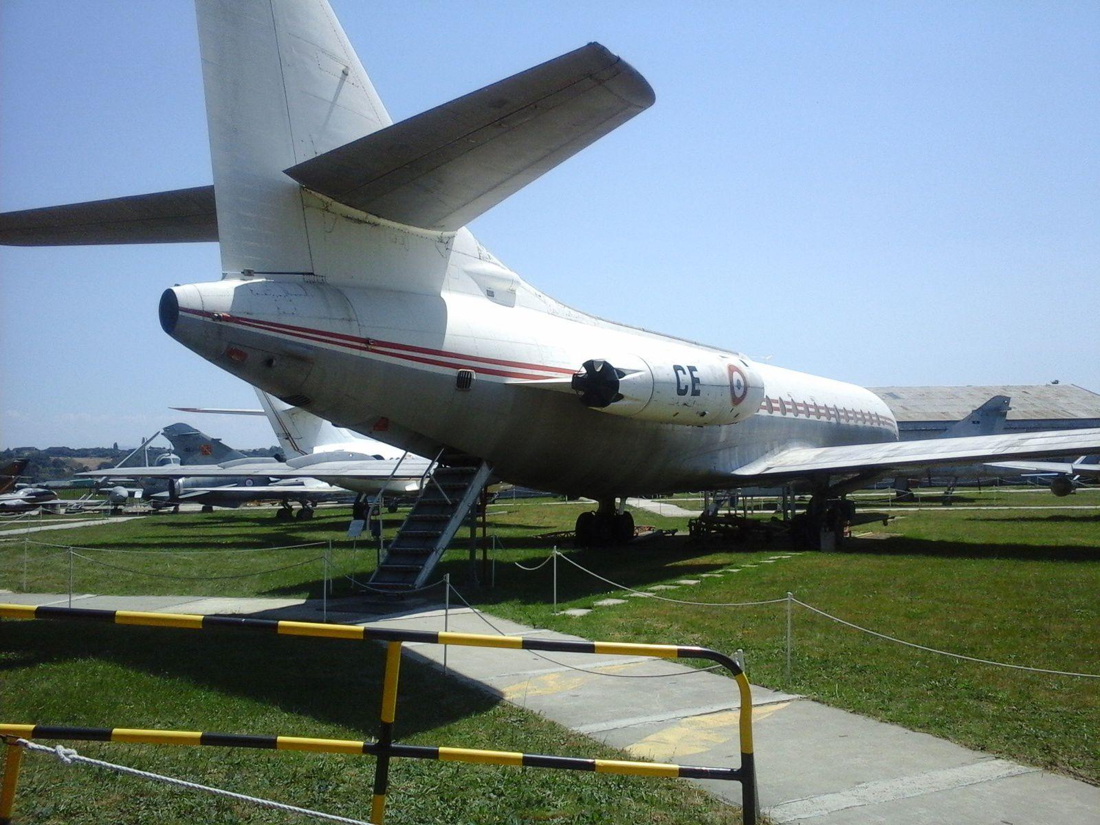 Les CE2 au Musée de l'Aviation