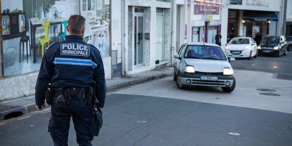 Police Municipale de SAINTES (17) : le maire fait un pas de plus vers l'armement