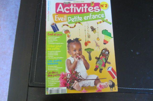"""cette activité provient du magazine """"Activités Eveil Petite Enfance"""" Numéro 2 pour l'été (magazine que je conseille vivement car il est complet avec histoires, recette, activités manuelles, jeux, vocabulaire, chansons ... ici sur le thème de l'Afrique)"""