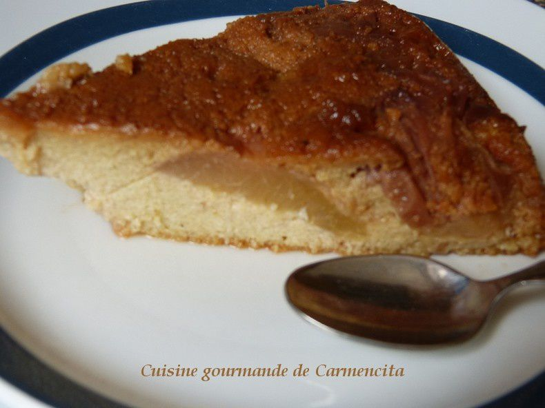 Gâteau de semoule aux pêches blanches et verveine