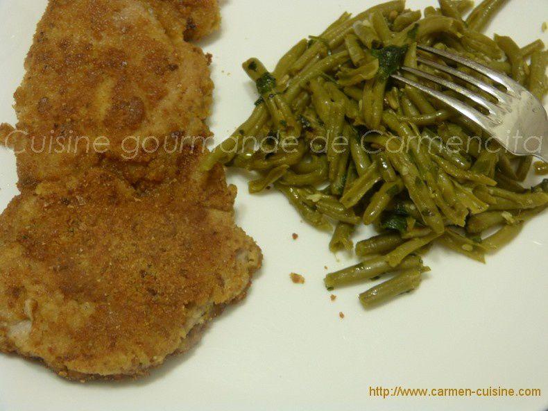 Escalope de veau panées et haricots verts à l'ail